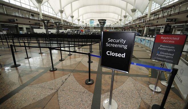 Το διεθνές αεροδρόμιο του Ντένβερ εν μέσω πανδημίας κορονοϊού