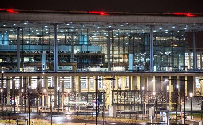 Εικόνα από το νέο αεροδρόμιο Βερολίνου Βραδεμβούργου τον Δεκέμβριο του 2014