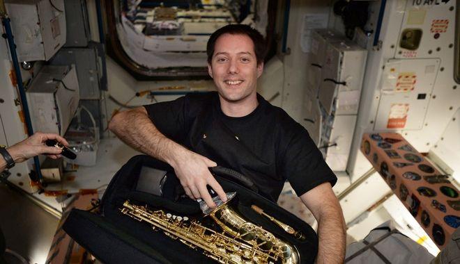 Ο διαστημικός 'περίπατος' του αστροναύτη Τομά Πεσκέ