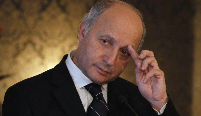 """Γαλλία- ΥΠΕΞ: """"Ριψοκίνδυνο το σχέδιο δημοψηφίσματος για την παραμονή της Βρετανίας στην ΕΕ"""""""