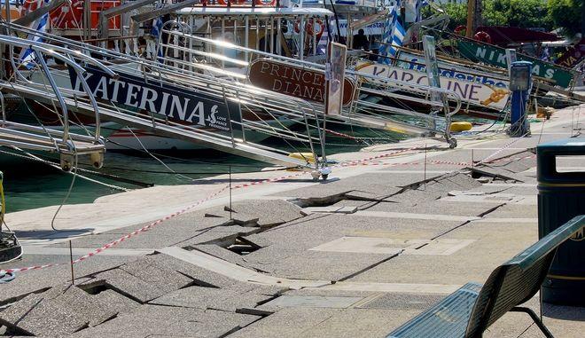 Εικόνες από τις καταστροφές που προκάλεσε τα ξημερώματα, ο ισχυρός σεισμός 6,4 στο νησί της Κω,Παρασκευή 21 Ιουλίου 2017 (EUROKINISSI / ΑΡΓΥΡΗΣ ΜΑΝΤΙΚΟΣ)
