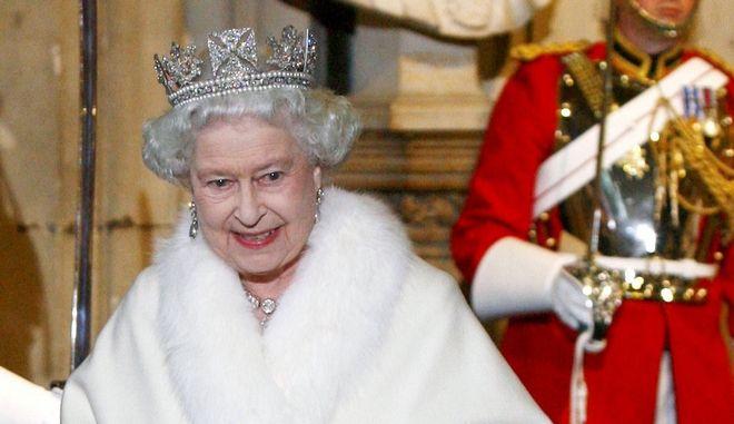 Η βασίλισσα Ελισάβετ σε εκδήλωση τον Νοέμβριο του 2009