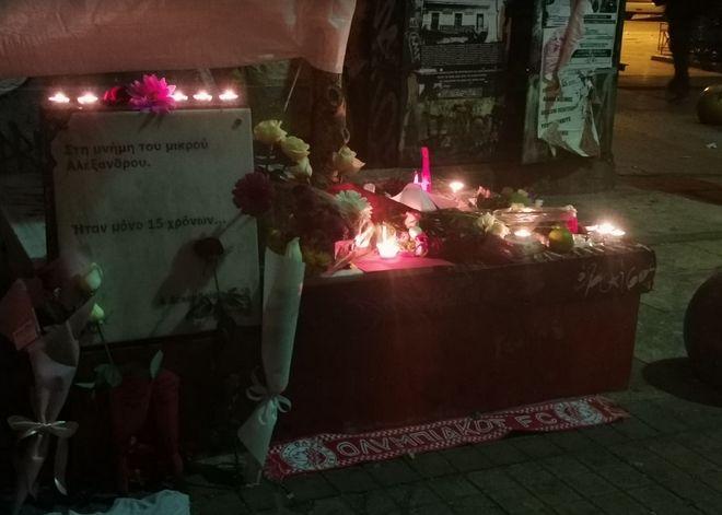 Δολοφονία Γρηγορόπουλου: Ειρηνικές πορείες σε όλη τη χώρα - Ένταση στα Εξάρχεια