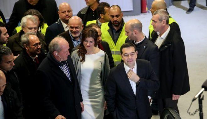 """Η Κατερίνα Νοτοπούλου με τον πρωθυπουργό στα εγκαίνια του σταθμού """"Συντριβάνι"""" στη Θεσσαλονίκη"""