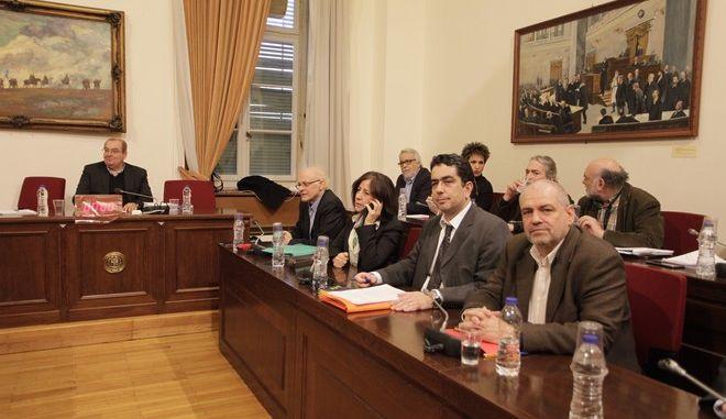 Συνεδρίαση σχετικά με τη σύνταξη του πορίσματος της Εξεταστικής Επιτροπή της Βουλής για τη διερεύνηση της νομιμότητας της δανειοδότησης των πολιτικών κομμάτων, καθώς και των ιδιοκτητριών εταιρειών μέσων μαζικής ενημέρωσης από τα τραπεζικά ιδρύματα της χώρας την Παρασκευή 20 Ιανουαρίου 2017. (EUROKINISSI/ΓΙΩΡΓΟΣ ΚΟΝΤΑΡΙΝΗΣ)