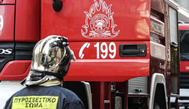 Φωτιά ξέσπασε σήμερα το πρωί σε κτήριο επί της οδού Ζωοδόχου Πηγής στα Εξάρχεια. Τετάρτη 18 Οκτωβρίου 2017 (EUROKINISSI//ΣΩΤΗΡΗΣ ΔΗΜΗΤΡΟΠΟΥΛΟΣ)