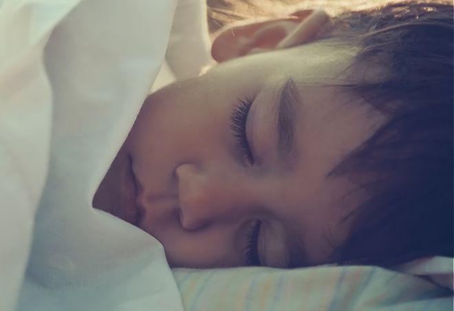 Παιδί που κοιμάται (Candia)