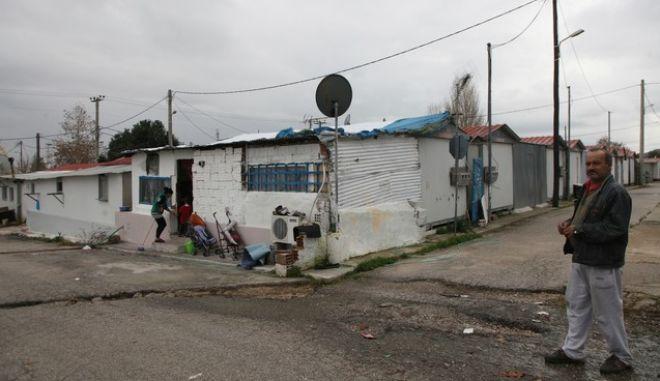 ΜΕΝΙΔΙ-Διακοπή της ηλεκτροδότησης τον οικισμό των σεισμόπληκτων, στο πρώην στρατόπεδο Καποτά.(EUROKINISSI-ΓΕΩΡΓΙΑ ΠΑΝΑΓΟΠΟΥΛΟΥ)