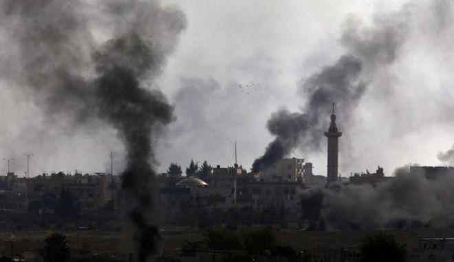 """Συνεχίζεται το τουρκικό """"σφυροκόπημα"""" στη Συρία"""
