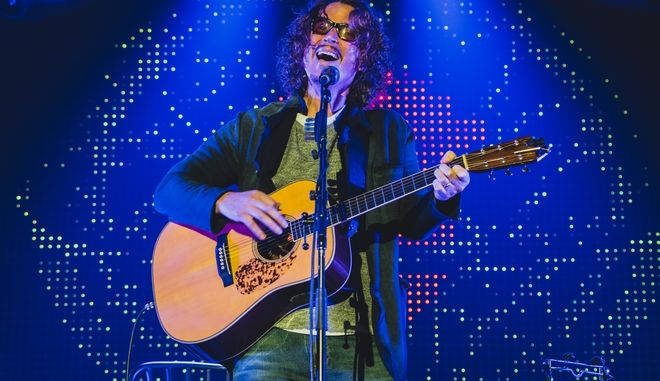 Chris Cornell performs at 2015 KROQ Almost Acoustic Christmas at The Forum on Saturday, December 13, 2015, in Inglewood, CA. (Photo by Jeff Lombardo/Invision/AP)