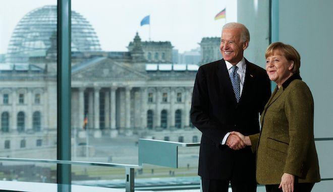 Η Γερμανίδα Καγκελάριος Άνγκελα Μέρκελ και ο Τζο Μπάιντεν, ως Αντιπρόεδρος των ΗΠΑ, Βερολίνο, 1 Φεβρουαρίου 2013.