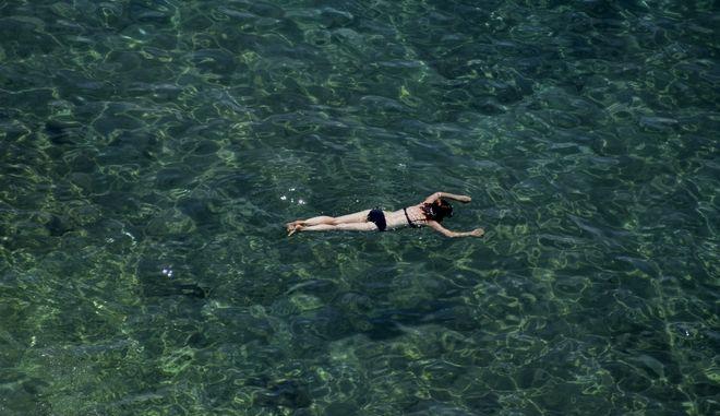 Καλοκαίρι στην παραλία της Αρβανιτιάς στο Ναύπλιο