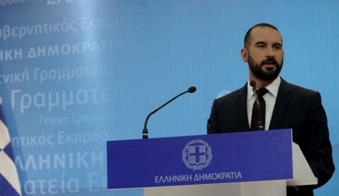 Τζανακόπουλος: Εντός 30 ημερών η απορρύπανση της θάλασσας