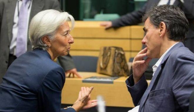Κυβέρνηση κατά ΔΝΤ