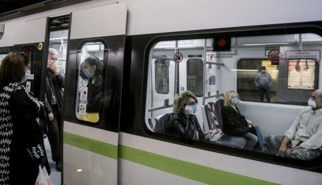 Μετρό: Περισσότερα δρομολόγια στις γραμμές 2 και 3