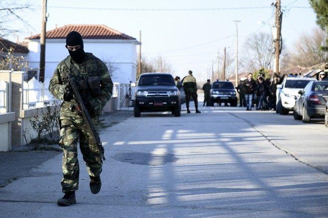 Δυνάμεις ασφαλείας στη Νέα Βύσσα Έβρου όπου μετέβη ο Μ.Χρυσοχοϊδης και ο Κ.Φλώρος