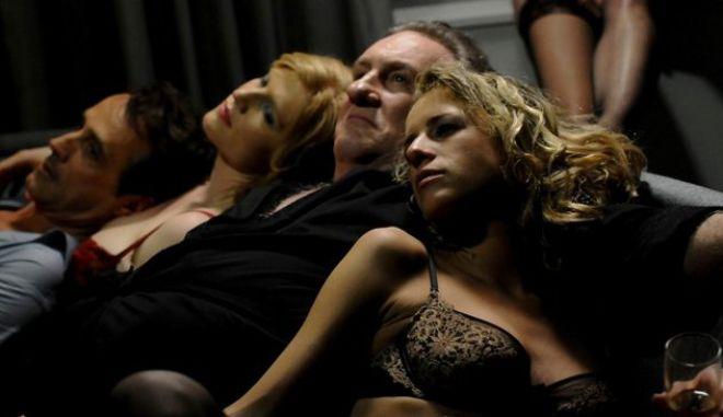 Οι σκηνές σεξ που έκαναν τον Στρος Καν να βγει (ξανά) από τα ρούχα του