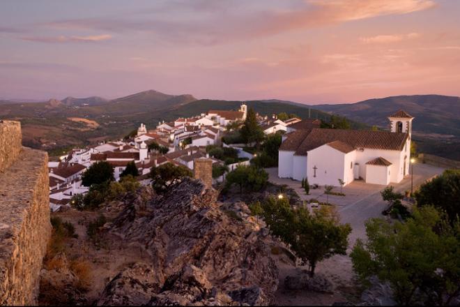 Δέκα 'άγνωστα' χωριά της Ευρώπης. Δύο ελληνικά!