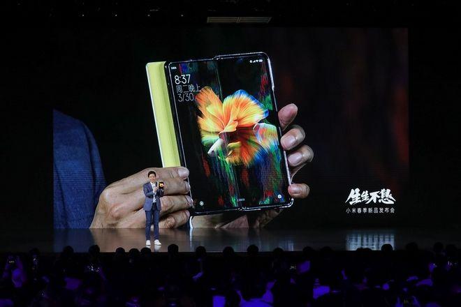 Xiaomi: από τα smartphones στα smart electric cars