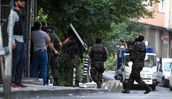 Τουρκία: Δεκάδες συλλήψεις ατόμων με διασυνδέσεις σε ΙΚ και PKK