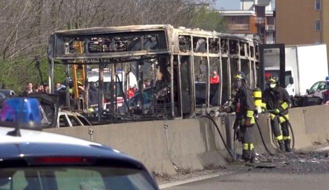 Ιταλία: Οδηγός πυρπόλησε λεωφορείο γεμάτο παιδιά