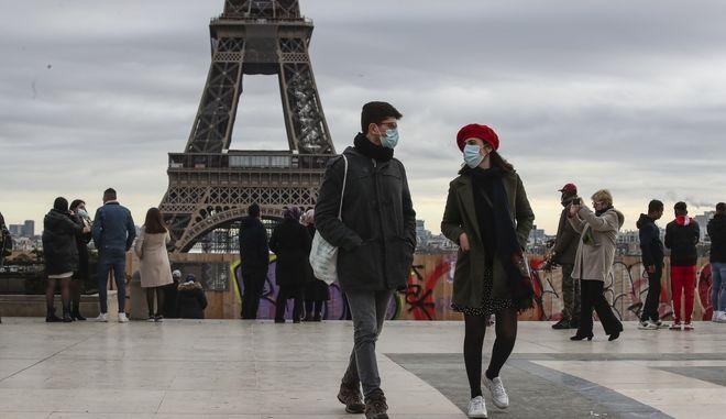 Covid στο Παρίσι