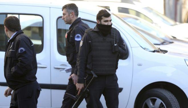 Κωνσταντινούπολη: Έκρηξη σε λεωφορείο με πέντε τραυματίες