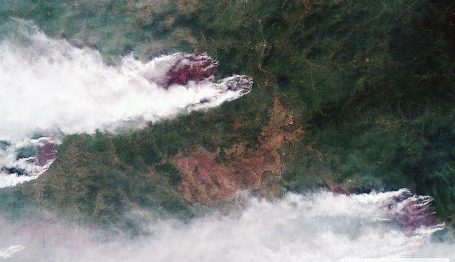 Δορυφορικές φωτογραφίες από τις φωτιές στη Σιβηρία