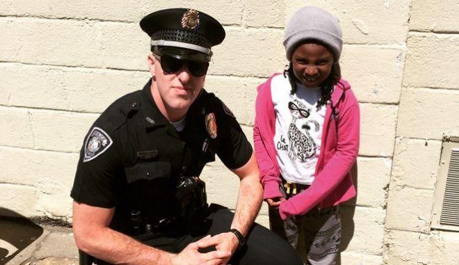 Πώς μια παραβαση καθήκοντος από αστυνομικό άλλαξε μια ζωή