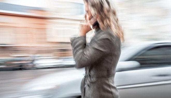 Ένωση Εταιρειών Κινητής Τηλεφωνίας: Ειδικό τέλος, σημαίνει επιβάρυνση του καταναλωτή