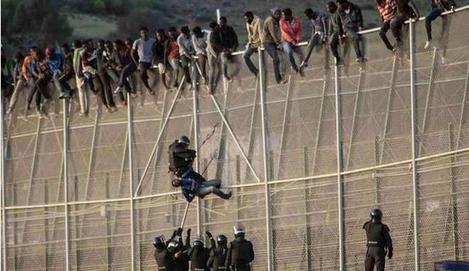 Τα τείχη που χωρίζουν τον κόσμο