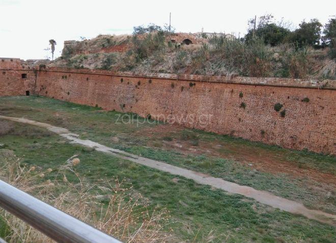 Χανιά: 30χρονος έπεσε από τα τείχη της δυτικής τάφρου