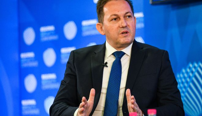 Πέτσας: 4 εκατομμύρια ευρώ για σχολεία στη Λάρισα