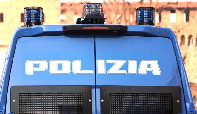 Όχημα της ιταλικής αστυνομίας
