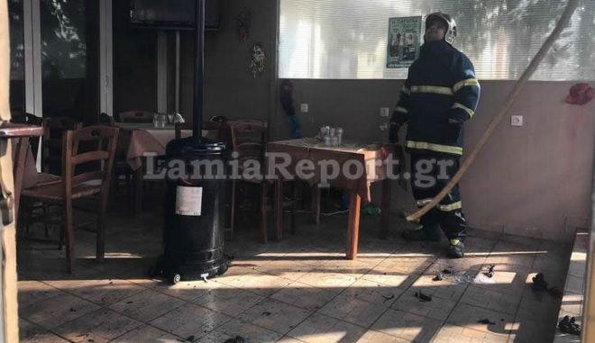 Εμπρηστική επίθεση σε κατάστημα εστίασης στη Λαμία