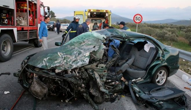Τραγικό δυστύχημα με τρεις νεκρούς στο Λυγουριό Αργολίδας. (EUROKINISSI/ ΒΑΣΙΛΗΣ ΠΑΠΑΔΟΠΟΥΛΟΣ)
