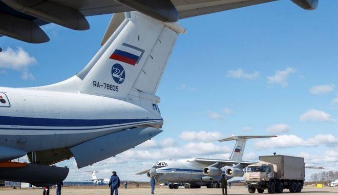 Κορονοϊός: Αναστολή των διεθνών πτήσεων από και προς τη Ρωσία