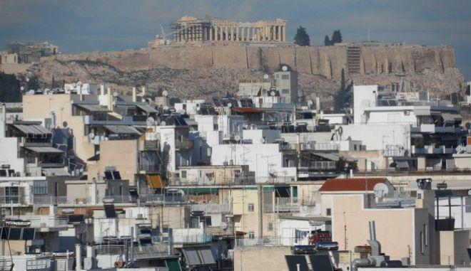 Χειμωνιάτικη λιακάδα στην Αθήνα