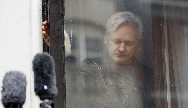 O ιδρυτής της WikiLeaks, Julian Assange