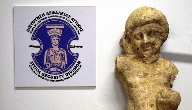 Συνελήφθη στη Μεσσηνία 34χρονος, για παράνομη κατοχή αποδοχή και διάθεση προς πώληση, αρχαίου κινητού μνημείου μεγάλης αξίας