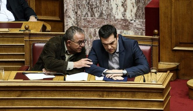 Greek Prime Minister Alexis Tsipras, answering questions about migrant policy at the parliament plenum, in Athens, on Oct. 30, 2015 /              ,  30 , 2015