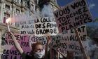 Διαμαρτυρίες στο Παρίσι για την υπόθεση βιασμού της Julie