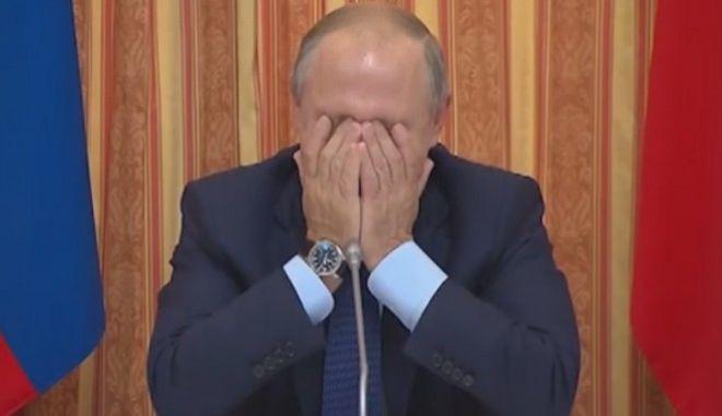 Πούτιν: Γέλια μέχρι δακρύων με πρόταση υπουργού για εξαγωγές χοιρινών σε μουσουλμανικές χώρες