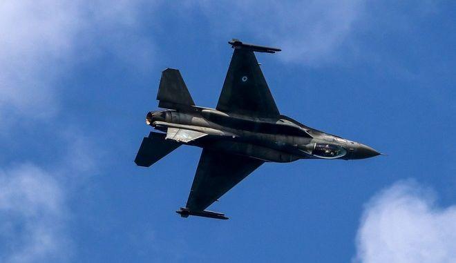 Νέα τουρκική πρόκληση: Υπερπτήσεις F-16 πάνω από τις Οινούσες και την Παναγιά