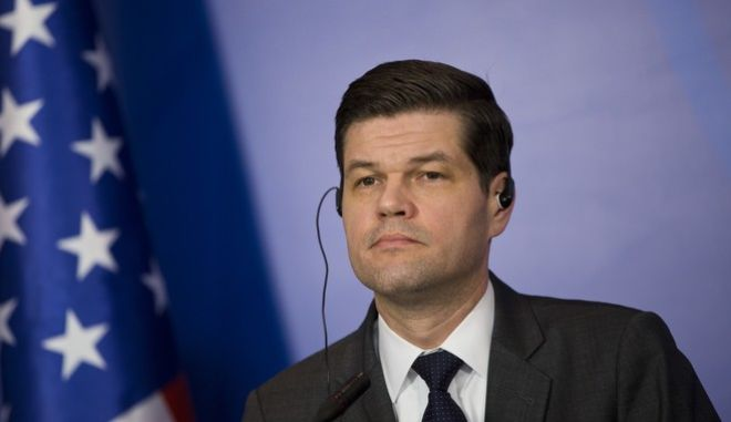 US Assistant Secretary of State for European and Eurasian Affairs, Aaron Wess Mitchell, during a joint press conference with Kosovo's President Hashim Thaci, at Pristina international airport on March 12, 2018. Mitchell is on two day official visit to Kosovo. (AP Photo/Visar Kryeziu)