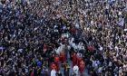 Πλήθος κόσμου στην κηδεία του Μητροπολίτη Αμφιλόχιου