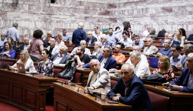 Προηγούμενη συνεδρίαση της κοινοβουλευτικής ομάδας του ΣΥΡΙΖΑ