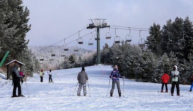 Στιγμιότυπο από το χιονοδρομικό κέντρο Ελατοχωρίου Πιερίας
