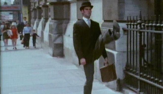 Οι Monty Python και η εθνική μας γύμνια