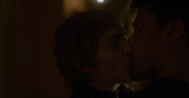 Το Game of Thrones κάνει την έκπληξη με νέο τρέιλερ: 9 στιγμές που κρατήσαμε